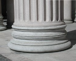 Fluted Column without Plinth